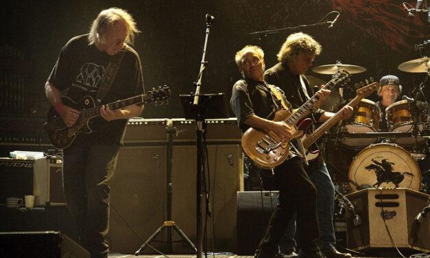 Neil Young & Crazy Horse — Colorado