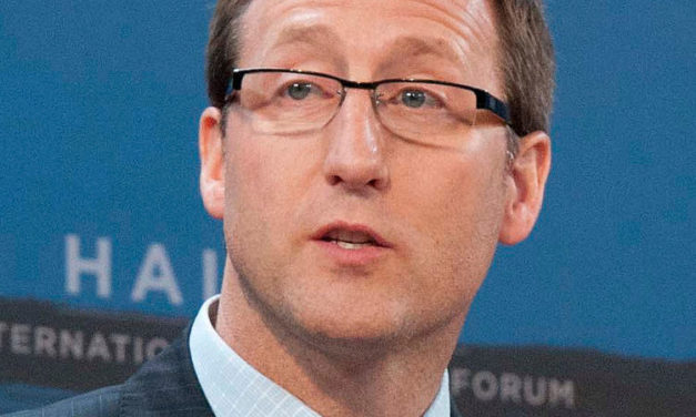 Peter MacKay Calls for Vigilante Justice Against Wet'suwet'en Sympathizer Protests