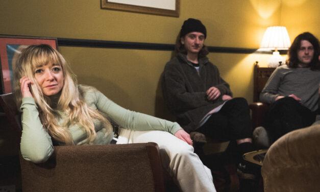 Single Review: HANYA — 'Texas'